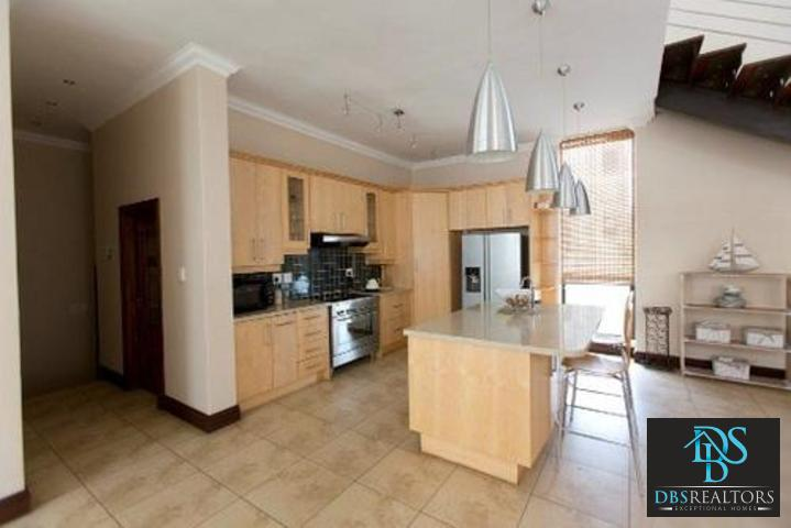 Bryanston East property to rent. Ref No: 3075338. Picture no 10