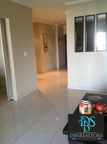 Sandton property to rent. Ref No: 3198493. Picture no 9