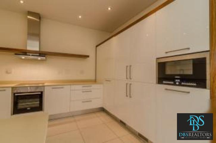 Houghton property to rent. Ref No: 3229659. Picture no 12