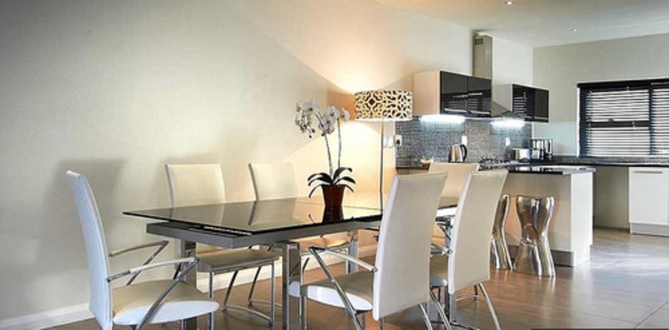 Sandown property to rent. Ref No: 3256028. Picture no 5