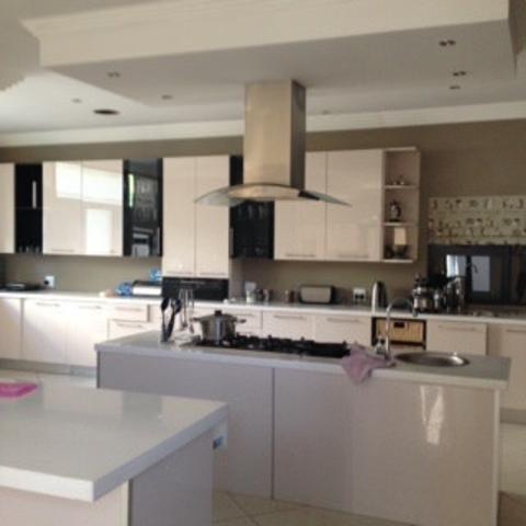 Dowerglen property for sale. Ref No: 13275623. Picture no 7