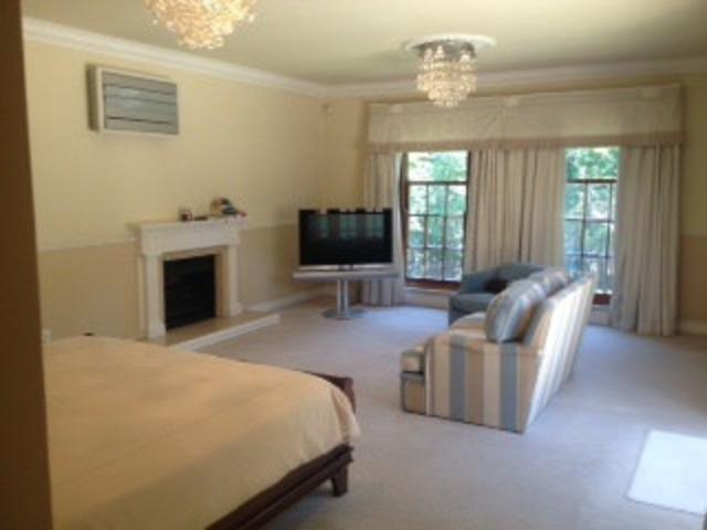 Hyde Park property to rent. Ref No: 13287030. Picture no 12