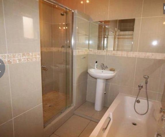 Sandown property to rent. Ref No: 13255701. Picture no 14