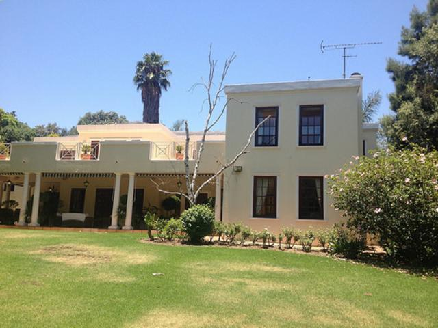 Hyde Park property to rent. Ref No: 13287030. Picture no 4
