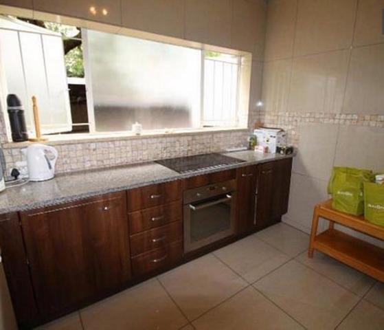 Sandown property to rent. Ref No: 13255701. Picture no 17