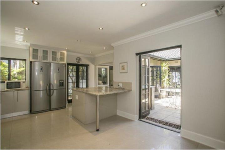 Morningside property to rent. Ref No: 3075894. Picture no 5