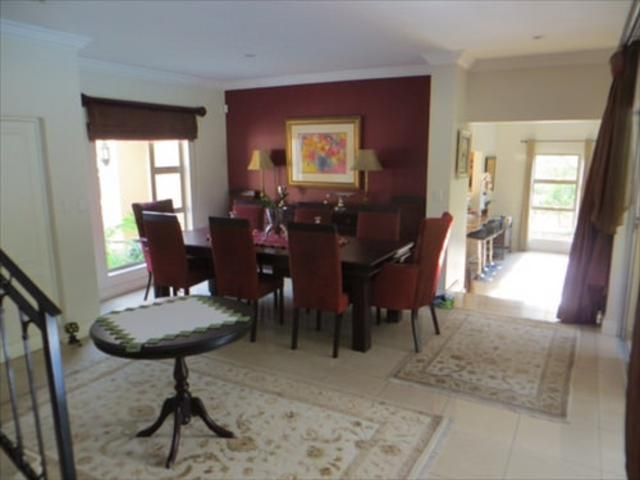 Bryanston West property to rent. Ref No: 13397642. Picture no 6