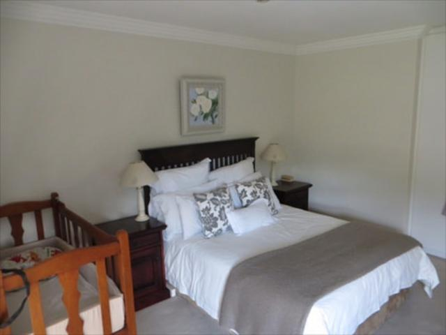 Bryanston West property to rent. Ref No: 13397642. Picture no 10