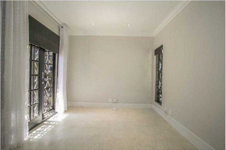 Morningside property to rent. Ref No: 3075894. Picture no 8