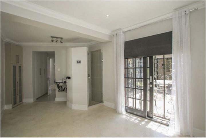 Morningside property to rent. Ref No: 3075894. Picture no 7