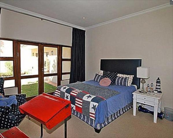 Melrose property to rent. Ref No: 13392282. Picture no 4