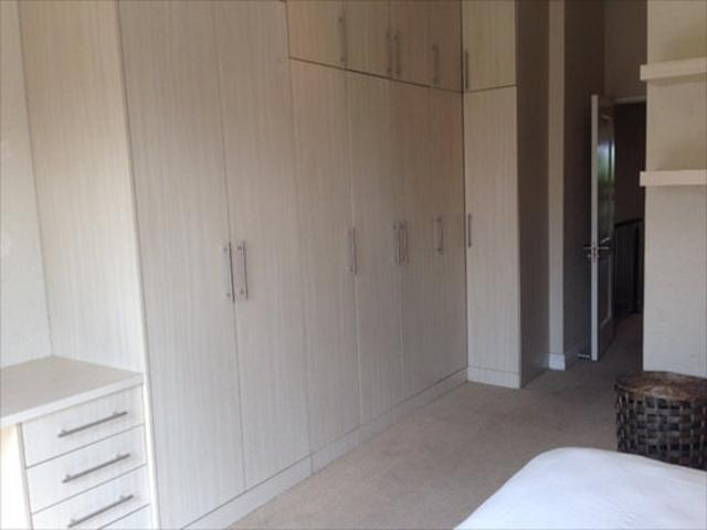 Morningside property to rent. Ref No: 13403207. Picture no 11
