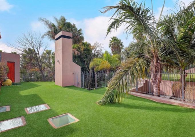 Sandton, Atholl Property    Houses To Rent Atholl, Atholl, House 6 bedrooms property to rent Price:, 80,00*