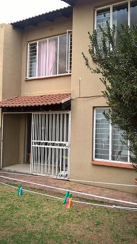 Townhouse for sale in Corlett Gardens