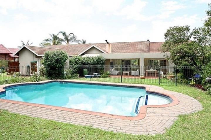 Sandton, Gallo Manor Property  | Houses To Rent Gallo Manor, Gallo Manor, House 3 bedrooms property to rent Price:, 28,00*