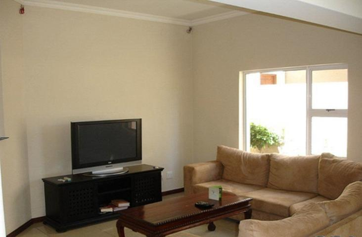 Riverclub property to rent. Ref No: 3075719. Picture no 3