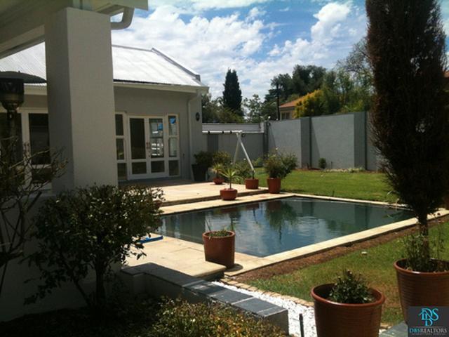 Sandhurst property for sale. Ref No: 3075906. Picture no 13