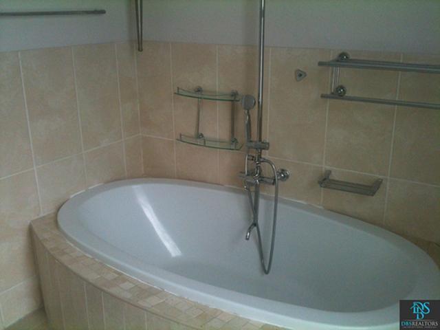 Sandhurst property for sale. Ref No: 3075906. Picture no 9
