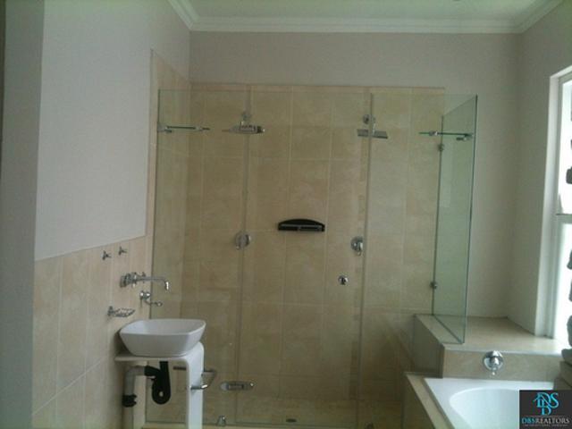 Sandhurst property for sale. Ref No: 3075906. Picture no 6