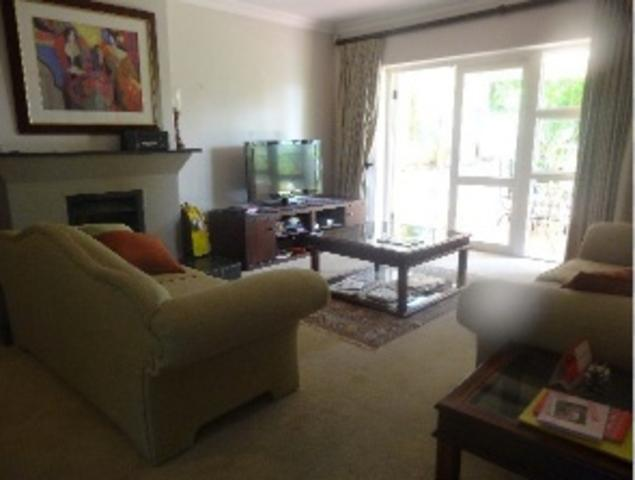 Sandown property to rent. Ref No: 3269731. Picture no 12