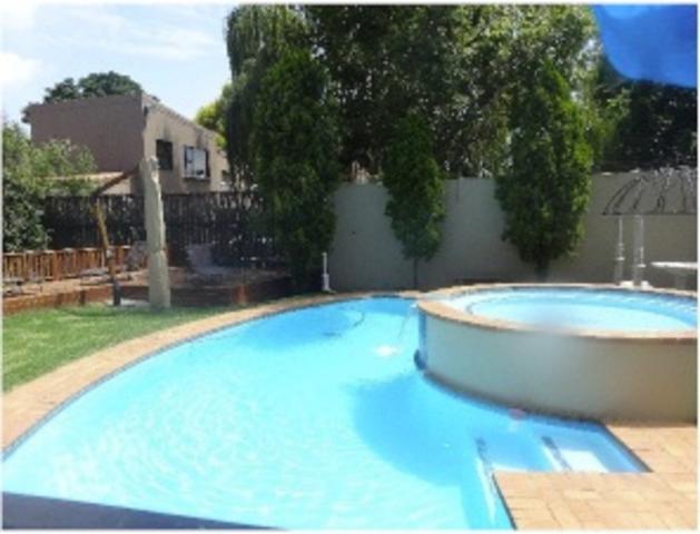 Sandown property to rent. Ref No: 3269731. Picture no 2