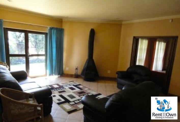 Forest Town to rent property. Ref No: 3095868. Picture no 16